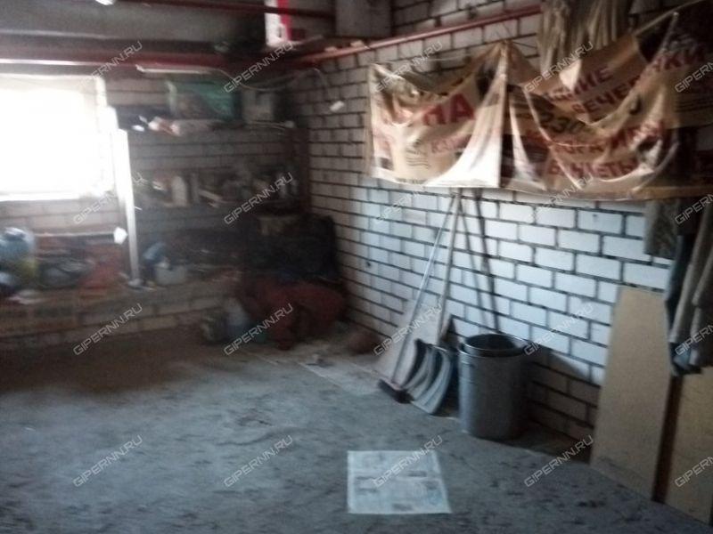 гараж на улице Строкина