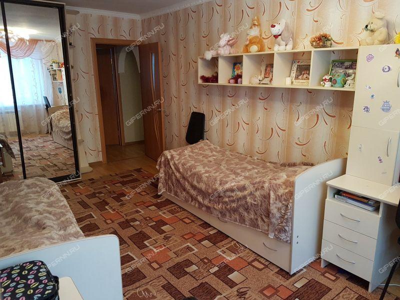 трёхкомнатная квартира на улице Маршала Жукова дом 22