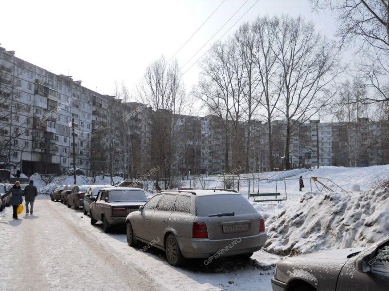 трёхкомнатная квартира на улице Маршала Малиновского дом 2