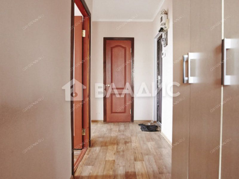 трёхкомнатная квартира на улице Маршала Голованова дом 29