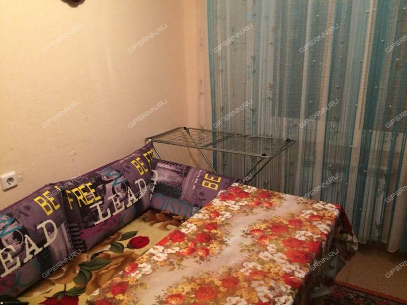 однокомнатная квартира на улице Бурнаковская дом 63